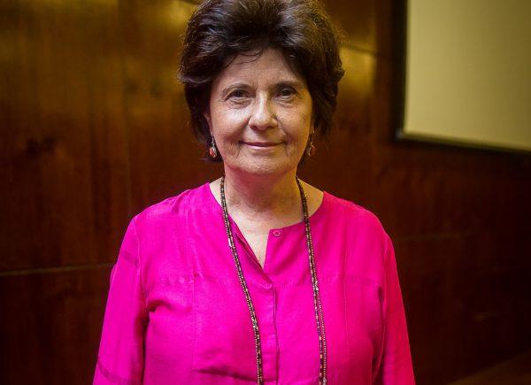 Neide Duarte compartilha sua experiência e histórias no jornalismo nacional no abre do Mundo Unifor