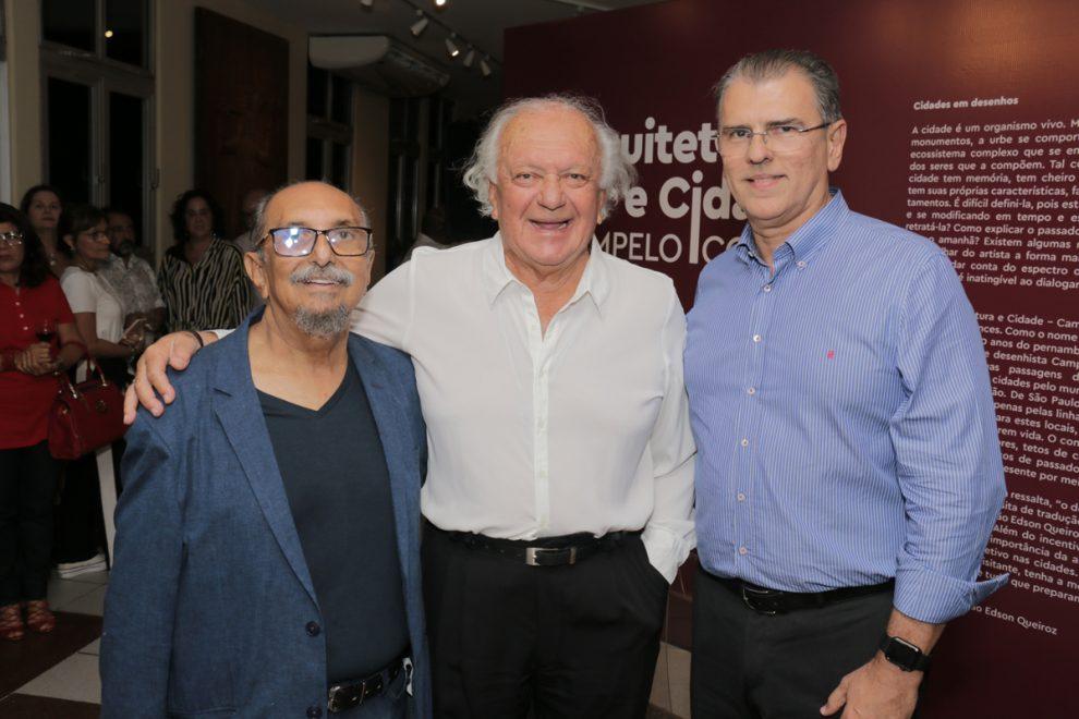Campelo Costa inaugura exposição na Unifor inspirada em cadernos de viagem