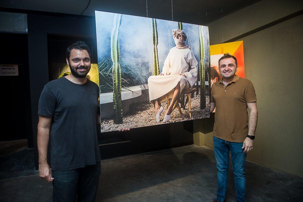 """CASACOR Ceará abre exposição fotográfica """"Carola"""" com parceria de Victor Eleutério"""