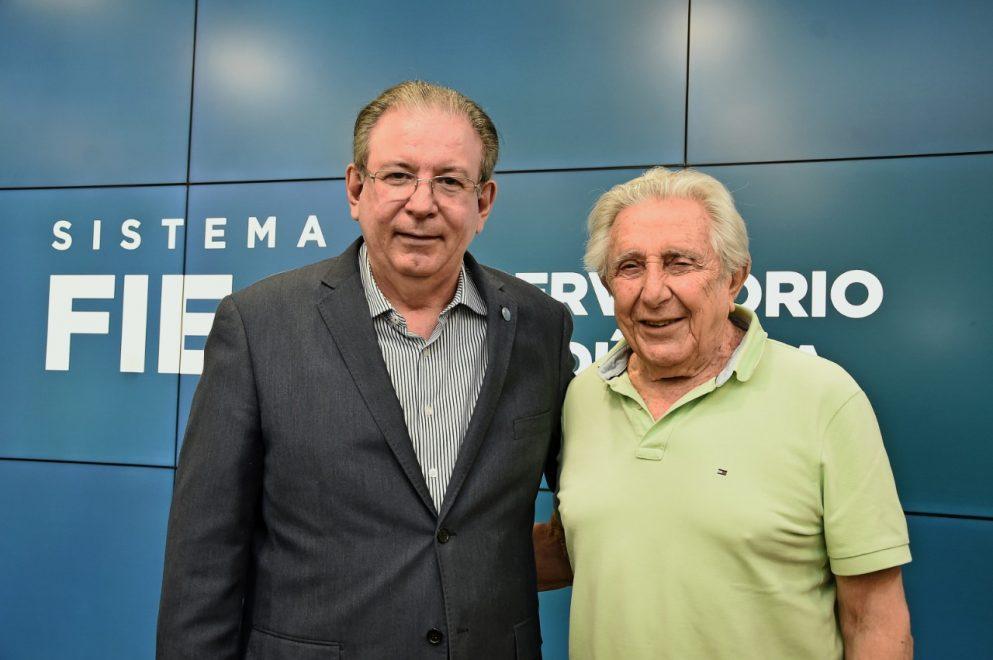 Ricardo Cavalcante recebe cientista Fernando de Mendonça na FIEC