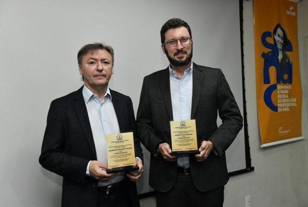 Presidente da Fecomércio/CE e diretor regional do Senac recebem título de Cidadão Iguatuense