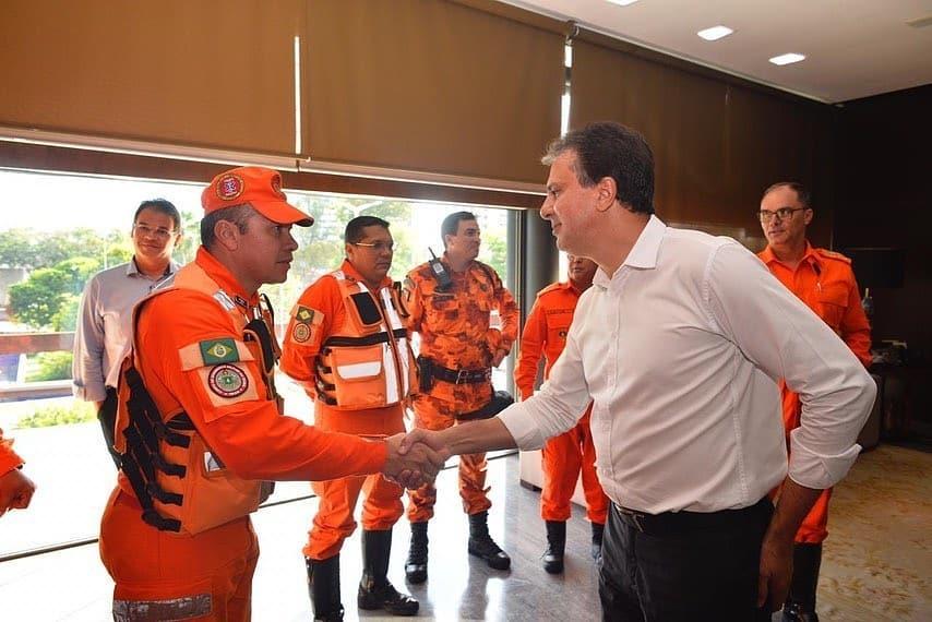 Corpo de Bombeiros ganhará Medalha da Abolição por atuação no resgate das vítimas do edifício Andréa