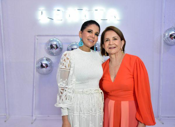 Lenita apresenta coleção de verão 2020 com direito a samba na passarela; veja os cliques