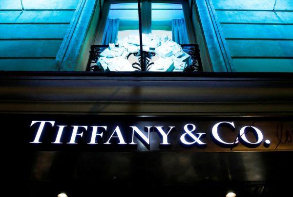 Tiffany & Co. é vendida por US$ 16,2 bilhões ao grupo LVMH, dono da Louis Vuitton e Dior