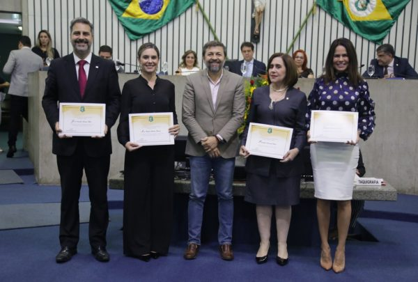Assembleia Legislativa homenageia projetos de justiça sistêmica no Ceará