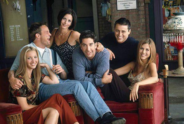 Elenco de 'Friends' negocia episódio especial, diz site americano