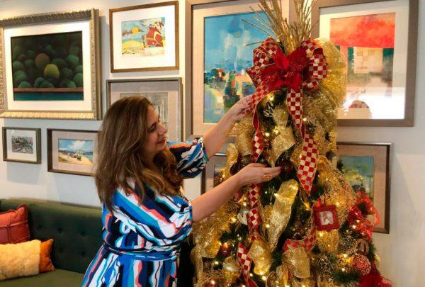 Décor de Natal: Martinha Assunção mostra árvore decorada com lembranças de viagem e objetos afetivos