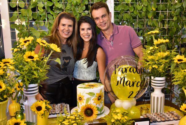 Marcela Pinto celebra aniversário em festa no Palato e viagem a Flecheiras