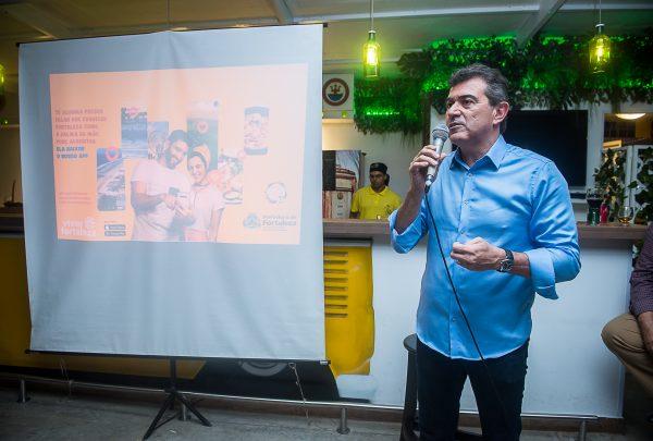 Secretário de Turismo lança aplicativo 'Viver Fortaleza'