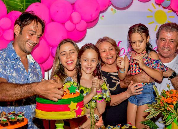Mirella Freire e Claudio Rocha comemoram os 10 aninhos de Yolanda