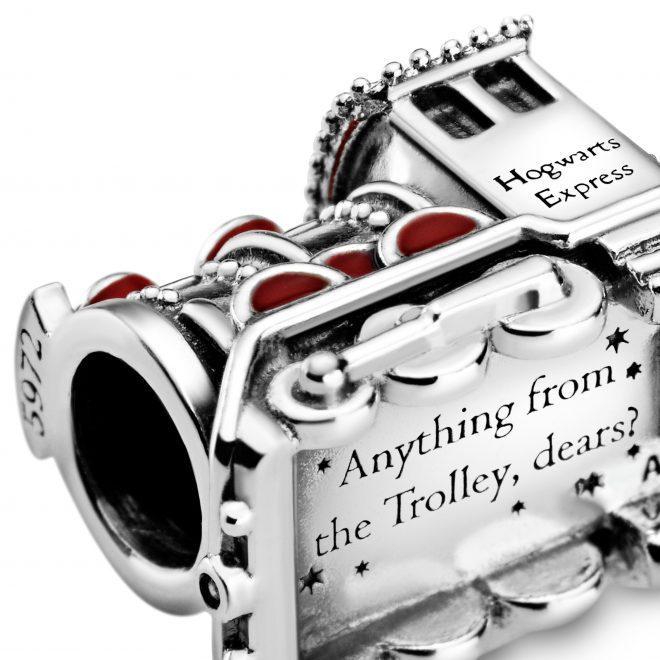 Pandora lança coleção de joias inspirada em Harry Potter