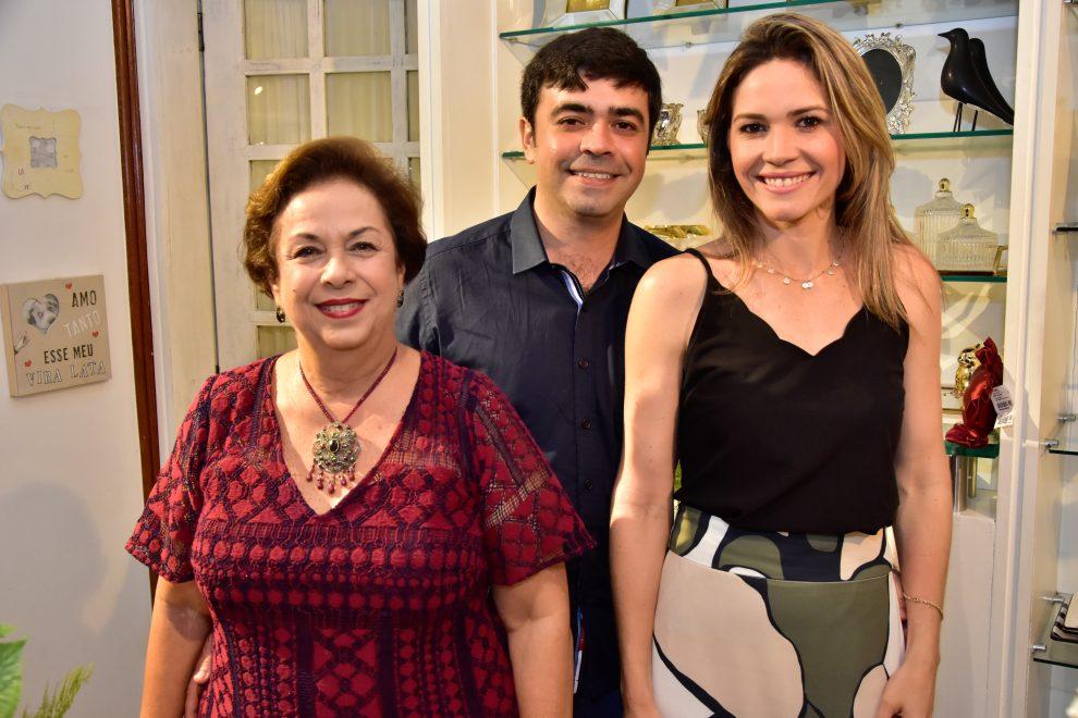 Nuage Maison reúne amigos e clientes em celebração natalina