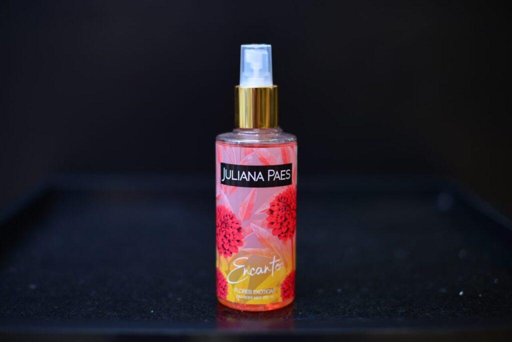 Juliana Paes - Body Splashes
