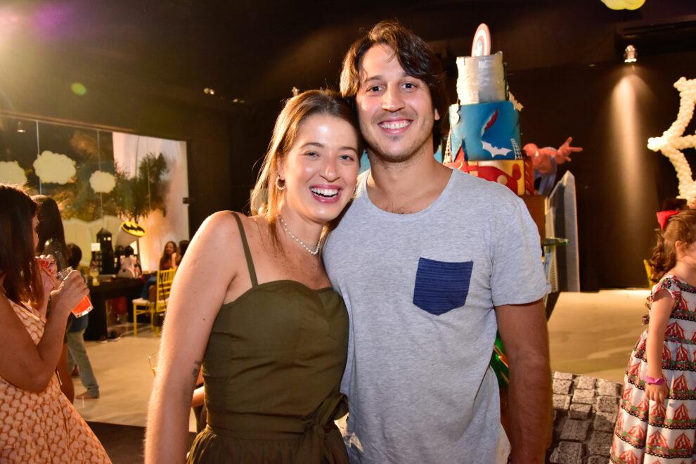 Marcella Minelli e Marcelo Bezerra casam em março de 2020 em resort de luxo na Bahia