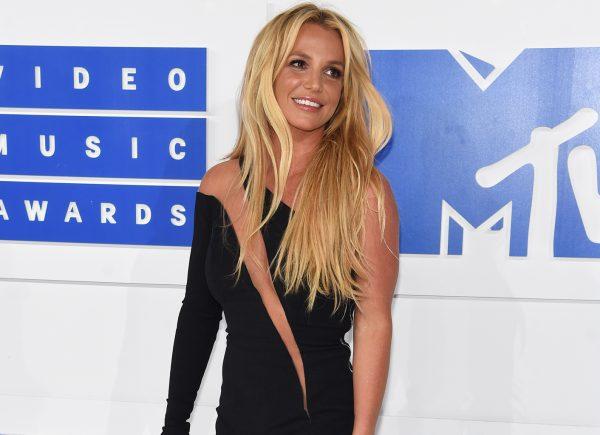 Confira cinco momentos marcantes da carreira de Britney Spears, que completa 38 anos hoje