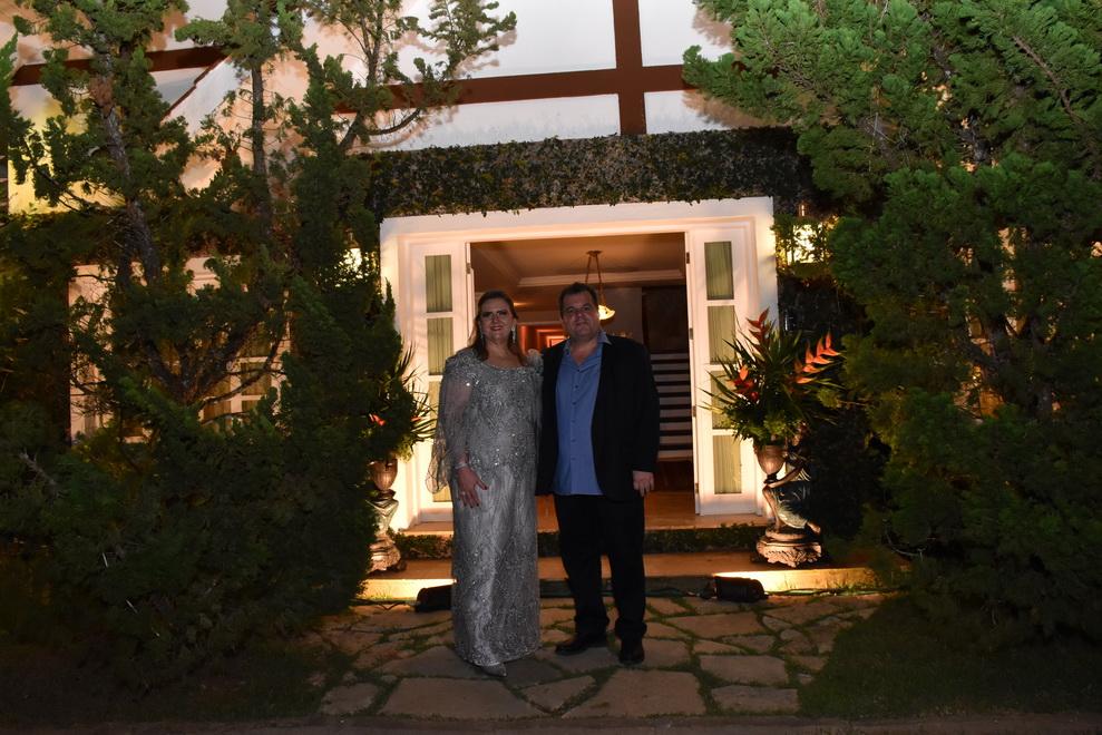 Anya e René Junior celebram Bodas de Prata com festa em Guaramiranga
