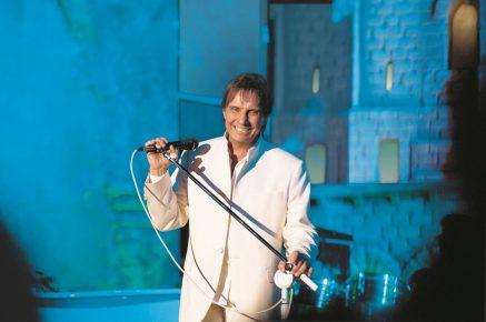 Roberto Carlos estreia show  gravado em Jerusalém nos cinemas; saiba onde assistir em Fortaleza