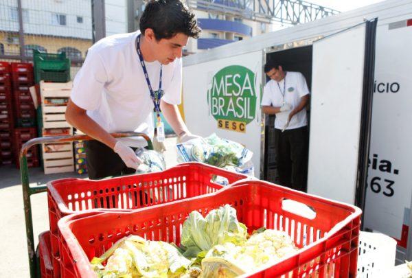 Sesc reúne empresas e instituições para campanha 'Natal Solidário: doe alimentos e transforme vidas'