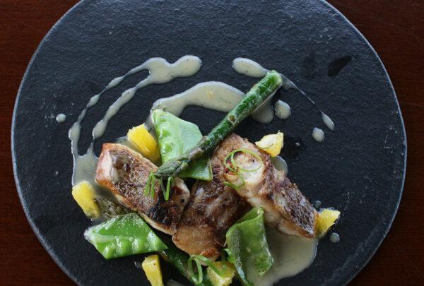 Restaurante Mayú aposta em receitas autorais produzidas com insumos locais e de fora do País