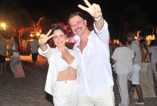 Réveillon em Pipa 2020: Fernanda Vasconcelos e Kéfera curtem virada ao som de axé