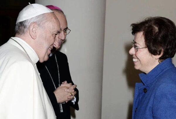 Papa Francisco nomeia a primeira mulher para Secretaria do Vaticano