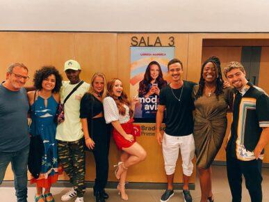 Primeiro projeto de Larissa Manoela com a Netflix estreia nesta quinta-feira (23)