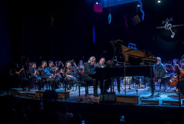 Ricardo Bacelar e João Carlos Martins encantam o público na Tapera das Artes