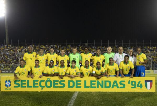 Jogo em Fortaleza entre Brasil e Itália revive Copa do Mundo de 1994 e reúne autoridades