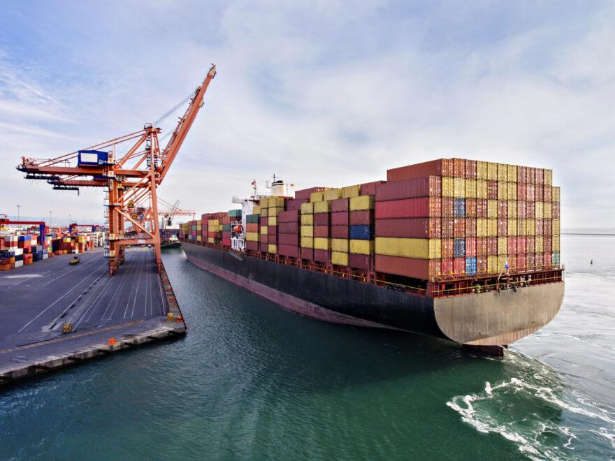 Fiec busca estratégias e facilidades para estimular importações na indústria