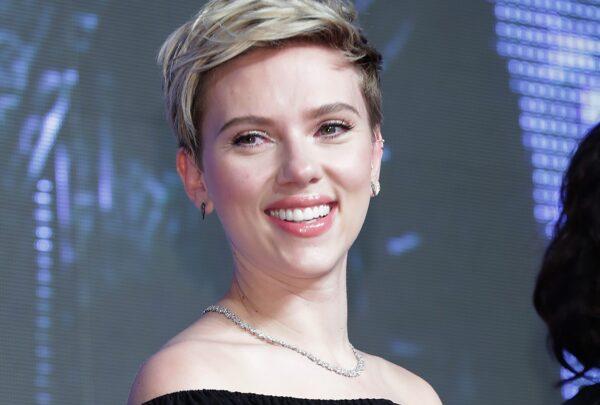 Globo de Ouro 2020 terá menu vegano e Scarlett Johansson e Rami Malek entre os apresentadores; confira mais detalhes