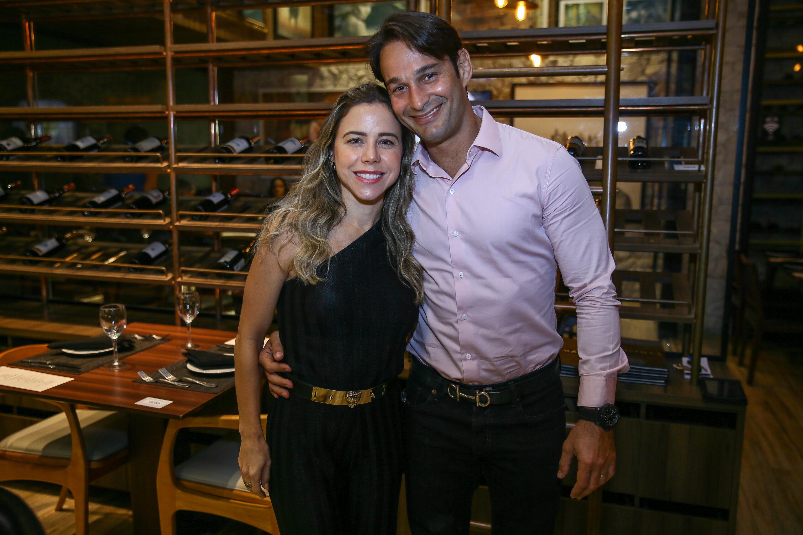Cláudio Rocha promove jantar para celebrar aniversário