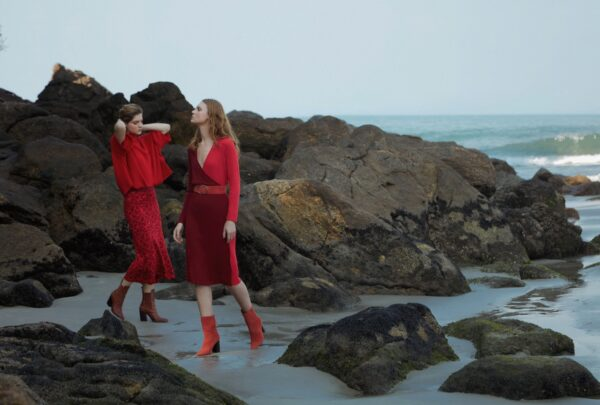 Twenty Four Seven lança coleção com a presença da diretora criativa da marca e de Bia Paes de Barros