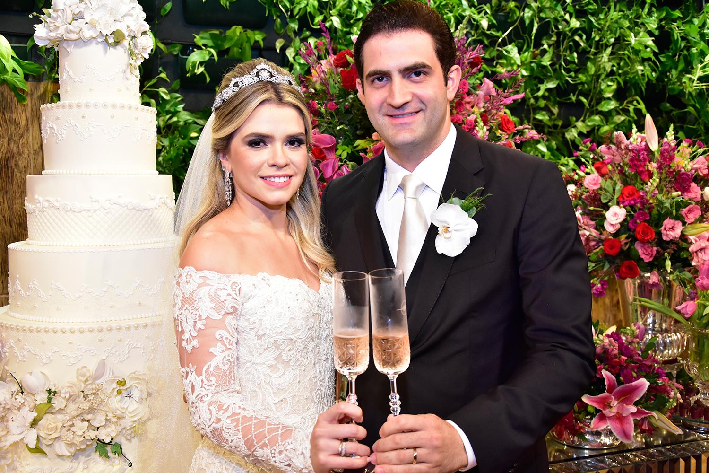 Veja cliques exclusivos do belo casamento de Vitor Baquit e Nayara Sampaio