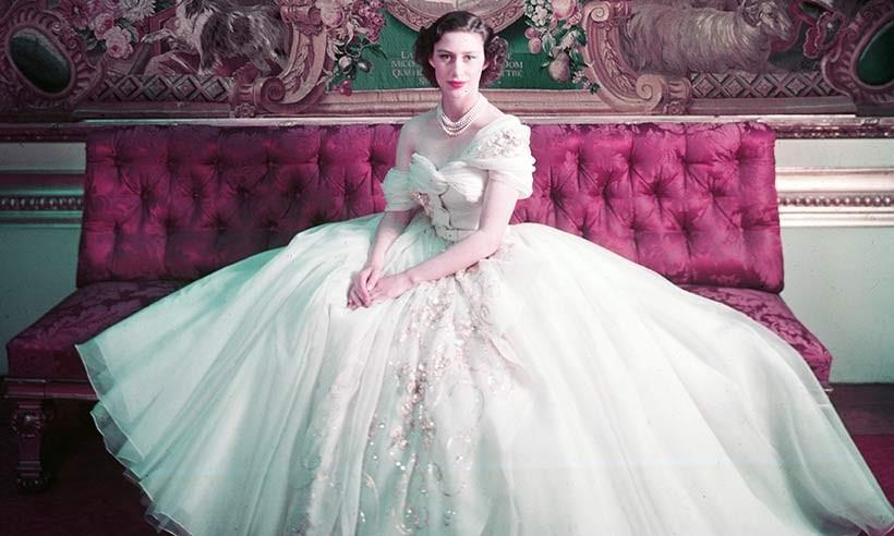 Dior disponibiliza documentário sobre exposição de 70 anos da marca