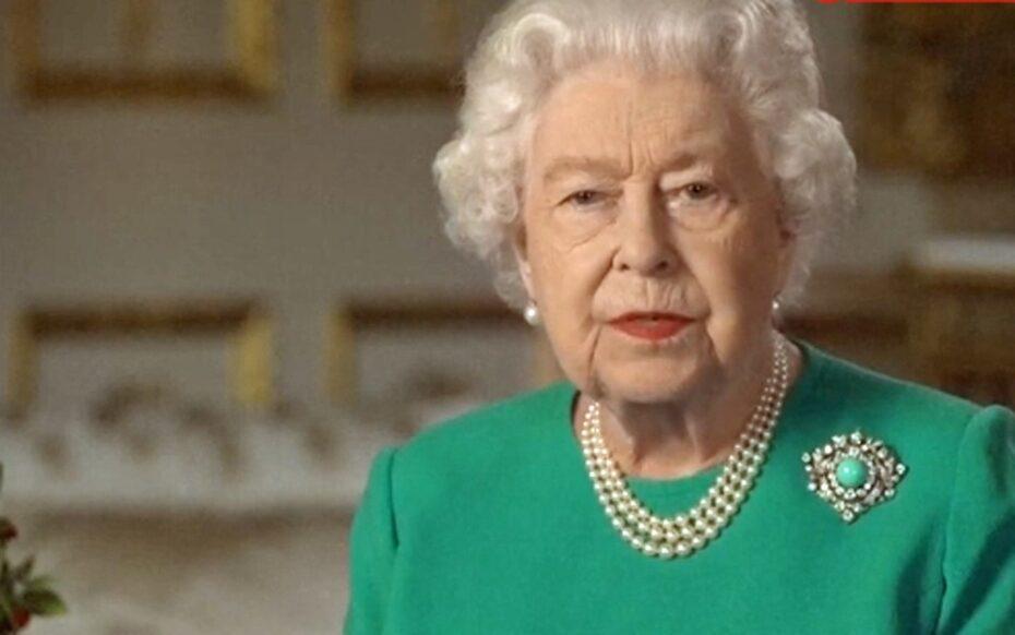 Rainha Elizabeth II faz pronunciamento na TV; assista