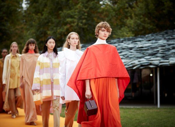 Semana de moda de Londres será digital e agênero