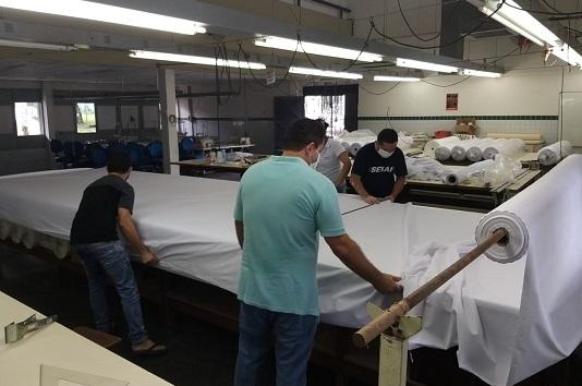 Senai produz moldes para auxiliar confecção de máscaras de tecido