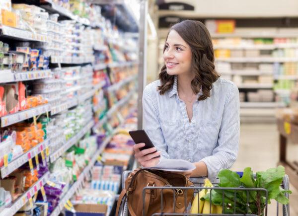 Supermercados investem em tecnologia para atender grande demanda