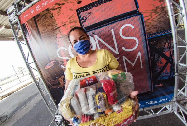Juntos contra a pandemia: cestas básicas, profissionais da música, máscaras de tecido e mais