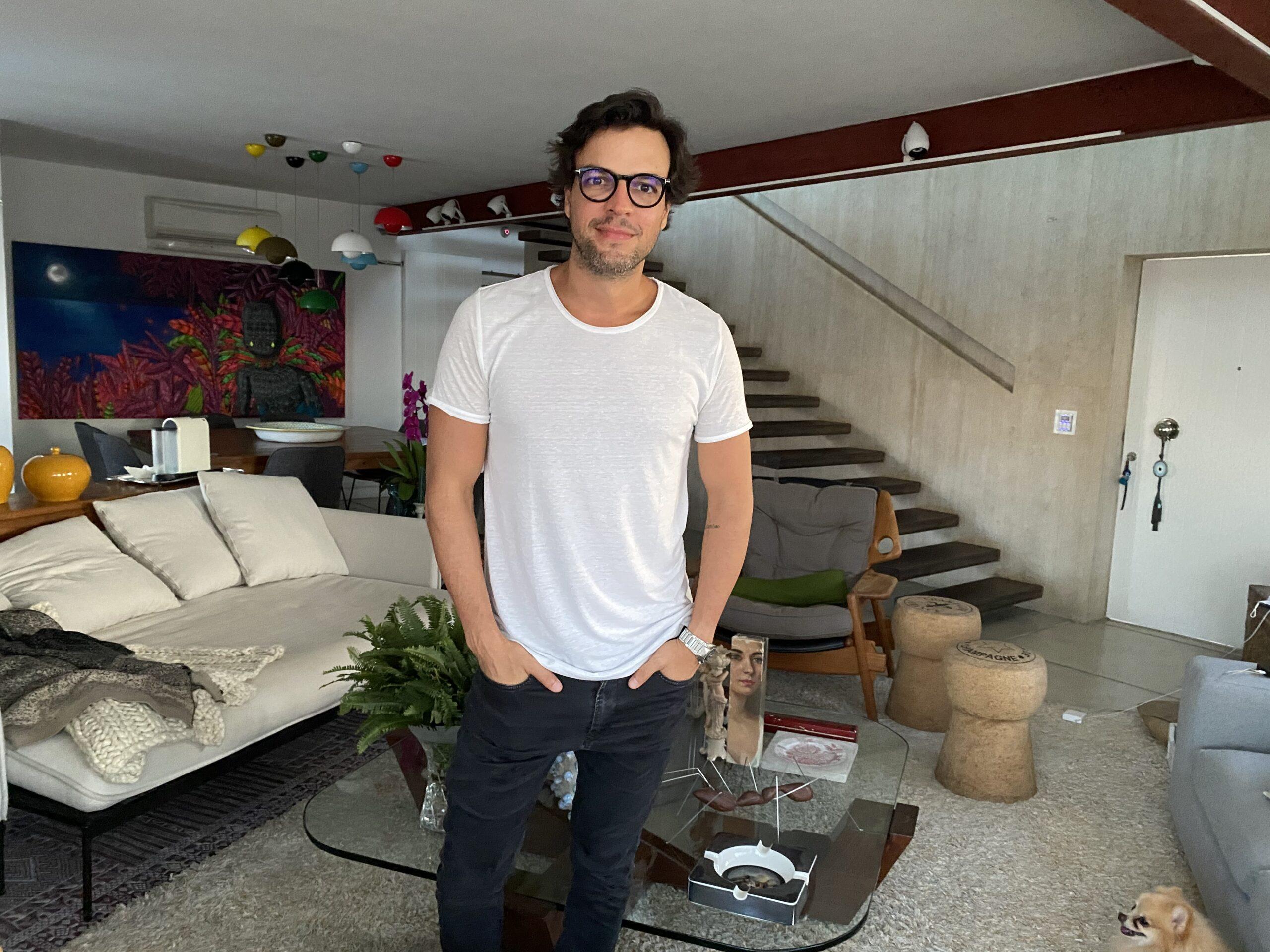 Confira fotos de Valter Costa Lima que expressam sua nova relação com o lar