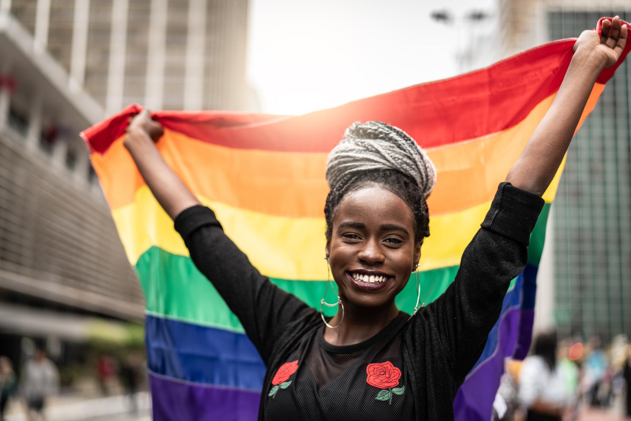 O significado da sigla LGBTQIA+ e a importância do orgulhar-se