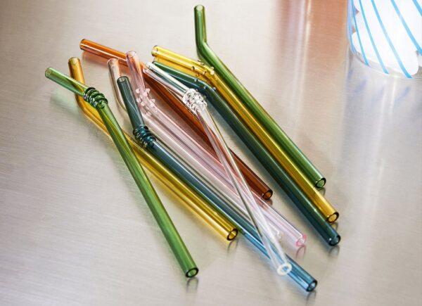 Como substituir o canudo de plástico por alternativas sustentáveis