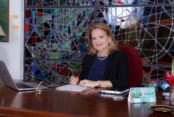 Coleção de arte da Fundação Edson Queiroz é destaque em live com Lenise Queiroz e Denise Mattar
