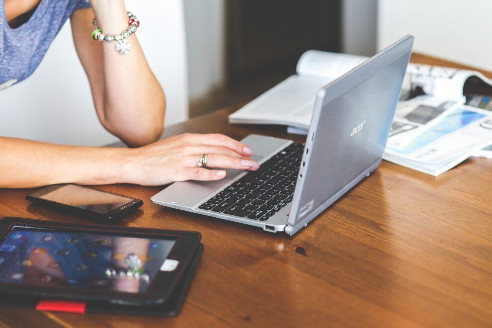 Senac realiza lives sobre aperfeiçoamento e estratégias para as empresas