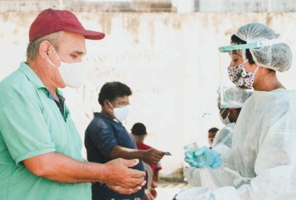 Juntos contra a pandemia: 'Sopão da Gratidão', Comunidade Shalom e mais