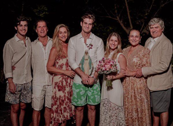 Bruna Magalhães e Ravi Macêdo ganham casamento surpresa