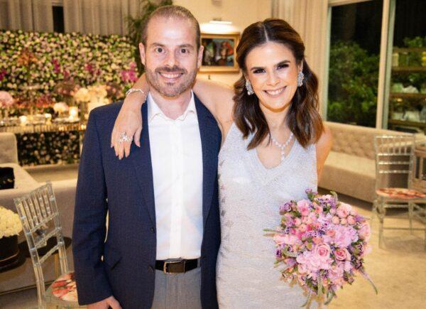 Em cerimônia intimista, Niedja e Prisco Bezerra comemoram 25 anos de casamento