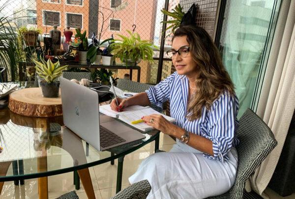 Márcia Travessoni fala o que aprendeu após uma semana estudando francês