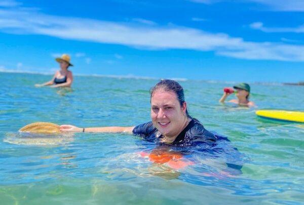 Clara Franck narra as belezas da Praia de Flecheiras