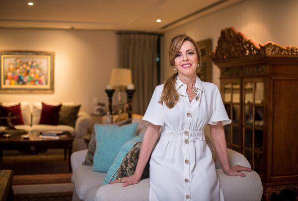 Karísia Pontes fala sobre a importância da família: 'Recarregam nossas forças'